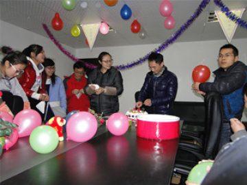 Τα γενέθλια του εργάτη, 2 2018